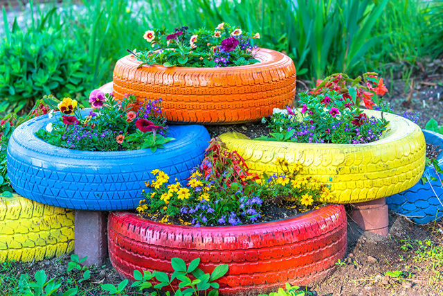 Stacked-Garden-Tire-Planters